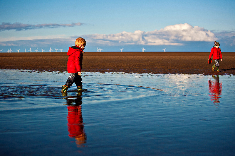 Active Portraiture Image #1 by bokeh photographic (Alistair Grant) Family & Children's Portrait Photographer Cambridge.
