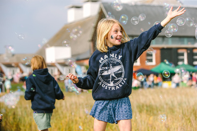 2017 Aldeburgh Food & Drink Festival: Bubble Fun at Hillfarm Oils Family Meadow. © bokeh photographic (Alistair Grant): Freelance Photographer Cambridge.