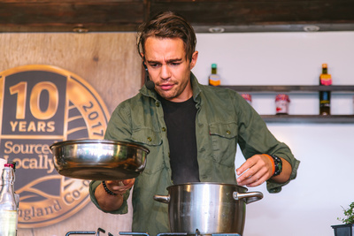 2017 Aldeburgh Food & Drink Festival: Tim Siadatan Cookery Demonstration. © bokeh photographic (Alistair Grant): Freelance Photographer Cambridge.