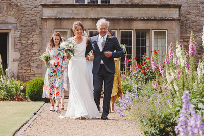 Image #6 from the wedding of Harriet & Laurie on Saturday 16th June 2018 at Quenington, Gloucestershire. © bokeh photographic (Alistair Grant): Freelance Photographer, St Ives, Cambridge.