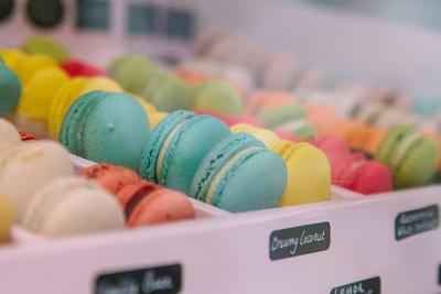 2017 Aldeburgh Food & Drink Festival: Macaron Bliss Macarons. | bokeh photographic - Alistair Grant.