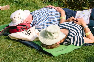 2017 Aldeburgh Food & Drink Festival: Festival Attendees Taking a Break. © bokeh photographic (Alistair Grant): Freelance Photographer Cambridge.