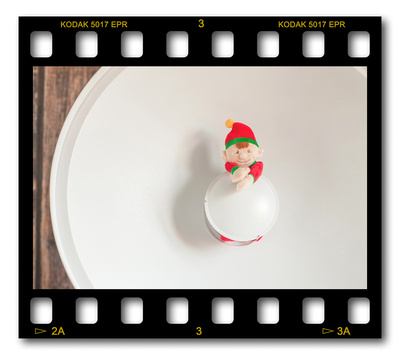 Not #ElfOnTheShelf but #sELFie in the #Photography #Studio. DAY 12: Beauty Dish.  A bit of festive fun illustrating some of the photographic equipment I use to shoot Food Photography, Portrait Photography, Event Photography, Corporate Photography & Product Photography. © bokeh photographic (Alistair Grant): Freelance Photographer, St Ives, Cambridge and across the UK.