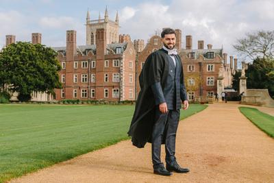 Portrait Photography Image of Graduation Portrait. © bokeh photographic (Alistair Grant): Portrait Photographer in Cambridgeshire, Bedfordshire, Northamptonshire, Norfolk, Suffolk, Essex & Hertfordshire.