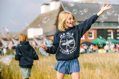 Bubbles. © bokeh photographic (Alistair Grant): Professional Photographer: Cambridgeshire, Bedfordshire, Northamptonshire, Norfolk, Suffolk, Essex & Hertfordshire.