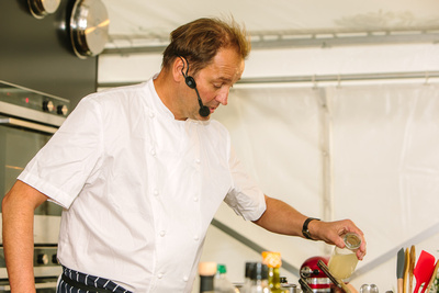 2017 Aldeburgh Food & Drink Festival: Galton Blackiston Cookery Demonstration. © bokeh photographic (Alistair Grant): Freelance Photographer Cambridge.