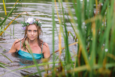 Leonie Water Nymph. © bokeh photographic (Alistair Grant): Professional Photographer: Cambridgeshire, Bedfordshire, Northamptonshire, Norfolk, Suffolk, Essex & Hertfordshire.